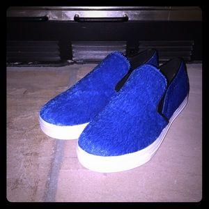 Dollhouse Blue/White Furry Velvet Shoes